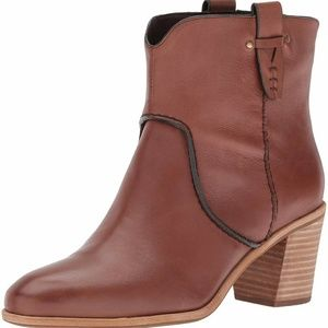 G.H. Bass & Co. Women's Sophia Ankle Bootie